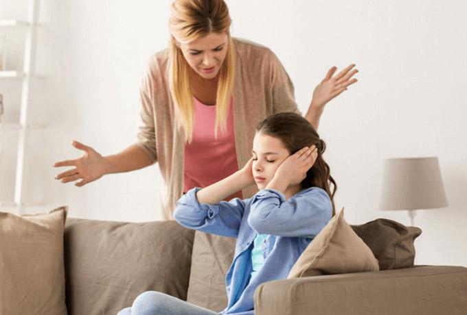 Mengenal Bahaya Toxic Parenting