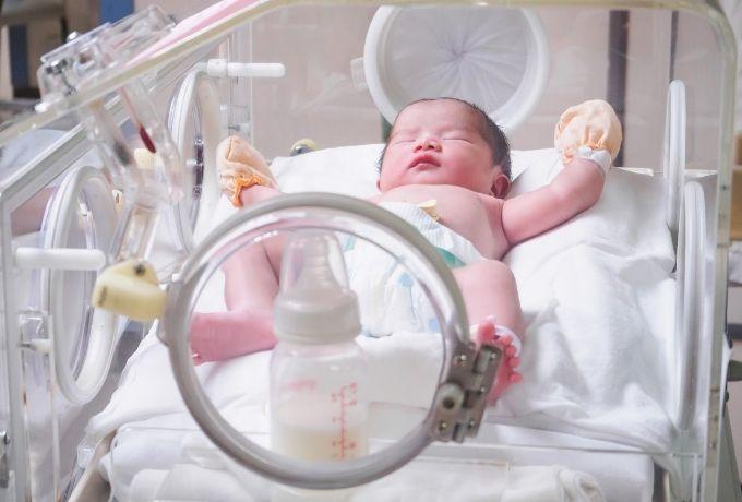 Begini Cara Tepat Merawat Bayi Prematur di Rumah
